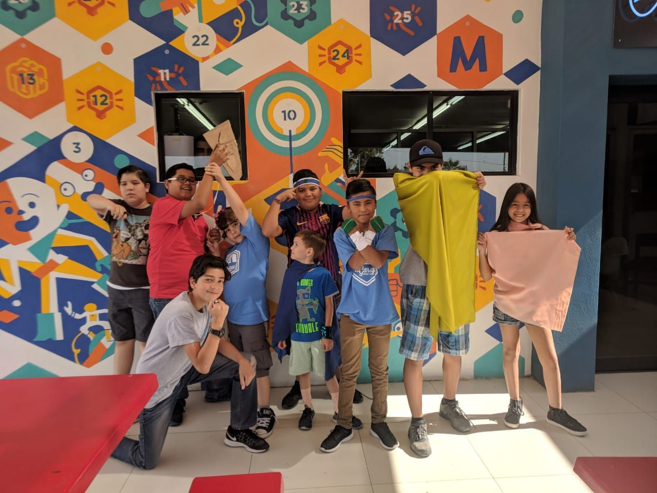 Reto STEAM de Superhéroes en Innovation Summer Garage Hub