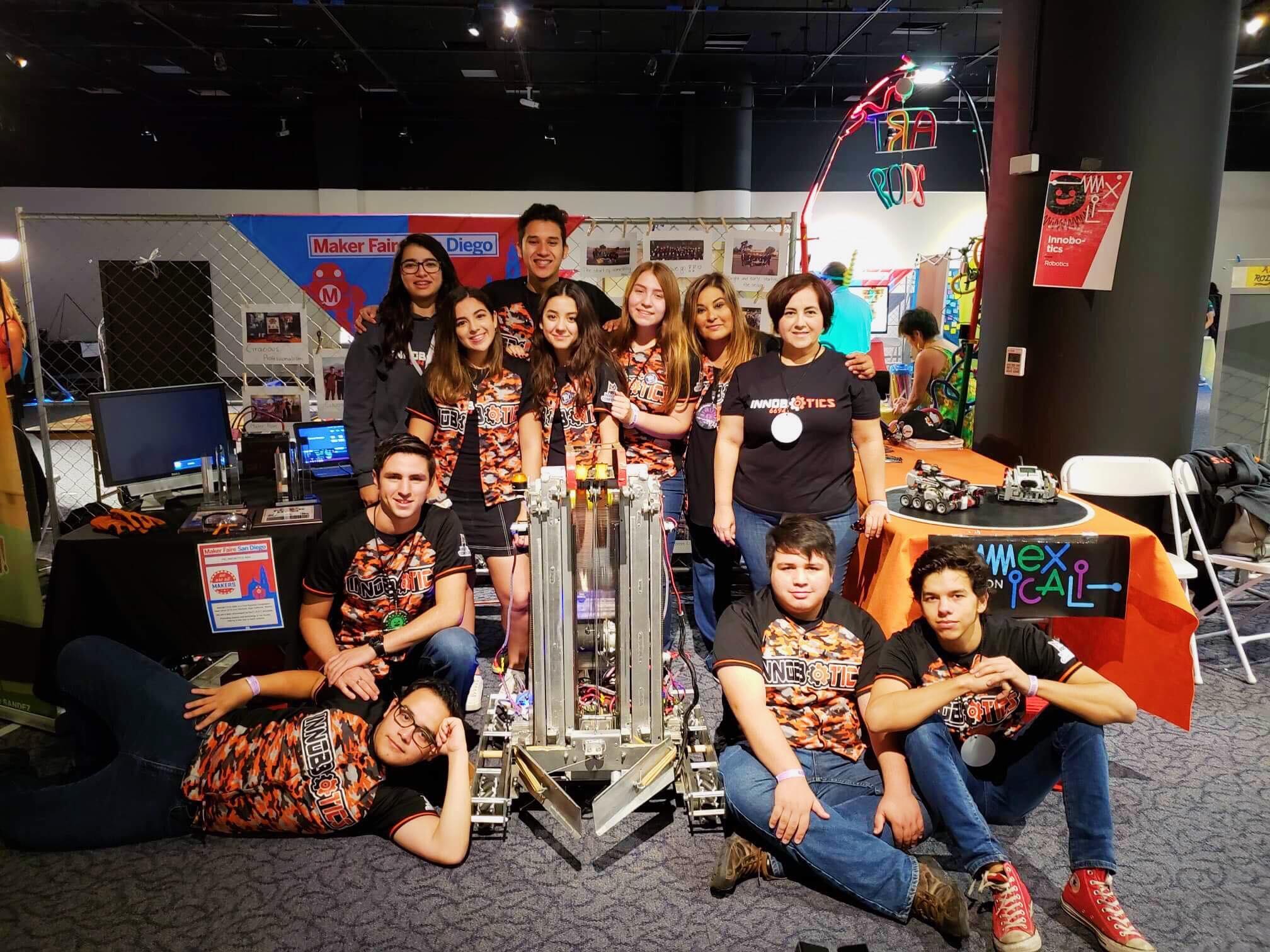INNOBOTICS Sin fronteras, Participación del equipo en Maker Faire San Diego