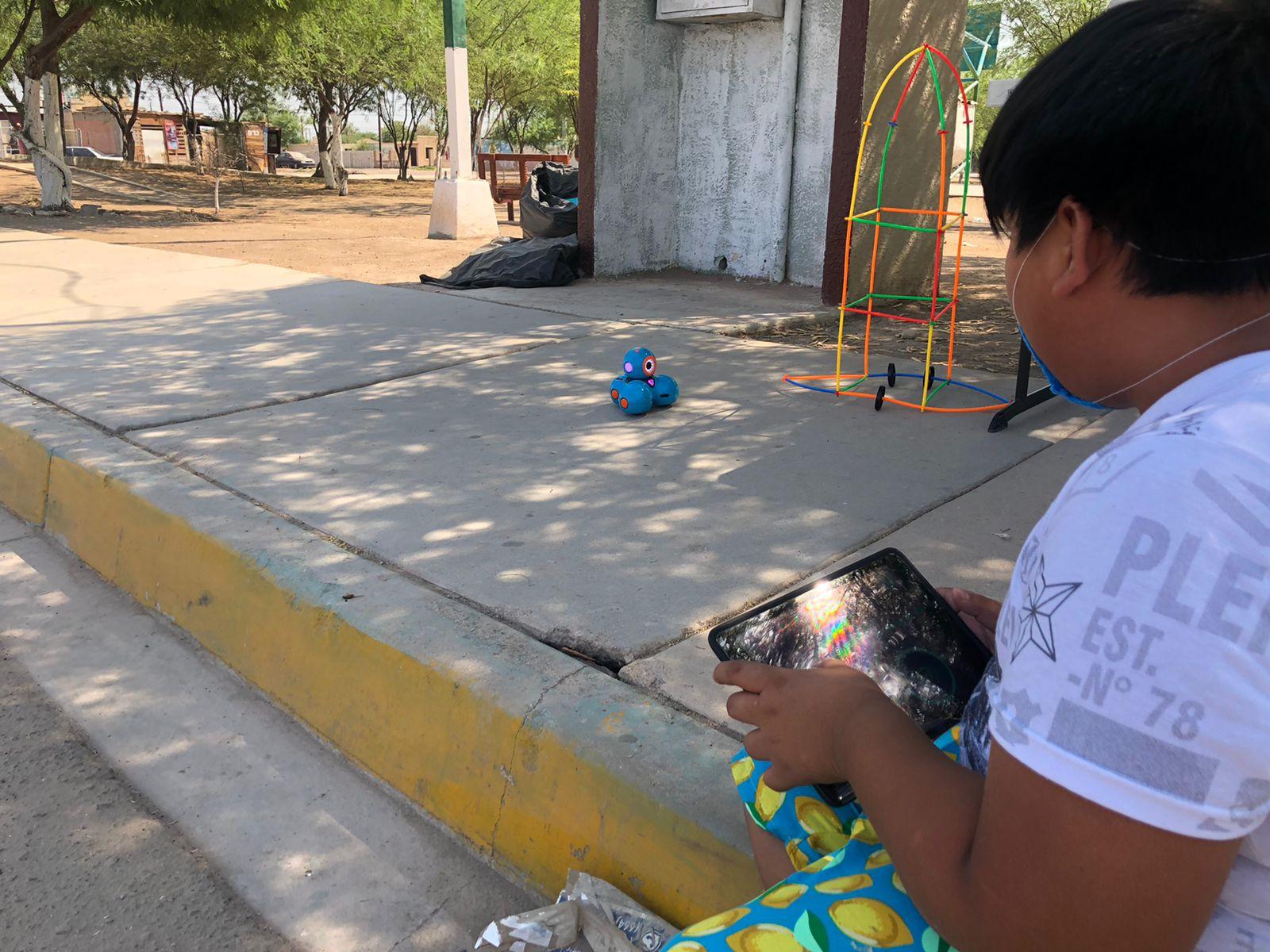 Promoviendo la educación STEM en comunidades vulnerables de Mexicali