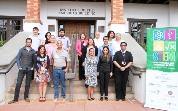 Taller Profesional para Instructores STEM: La Jolla, California, 12-18 Agosto