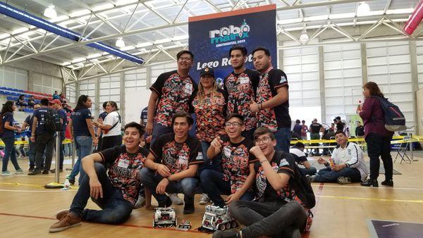 INNOBOTICS Obtiene Plata en el Robomatrix Continental 2019