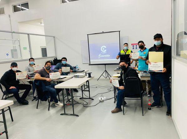 Concluye Taller de Automatización Colaboración LAIIT - con la industria
